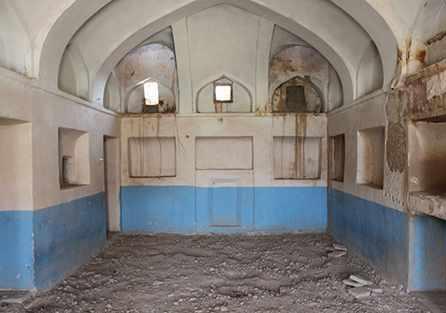 باغ خان یا خانه طاووسی