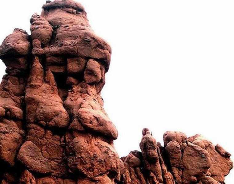 دره هفت غار نیشابور