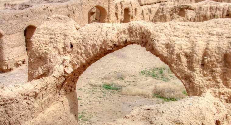 رباط عباس آباد