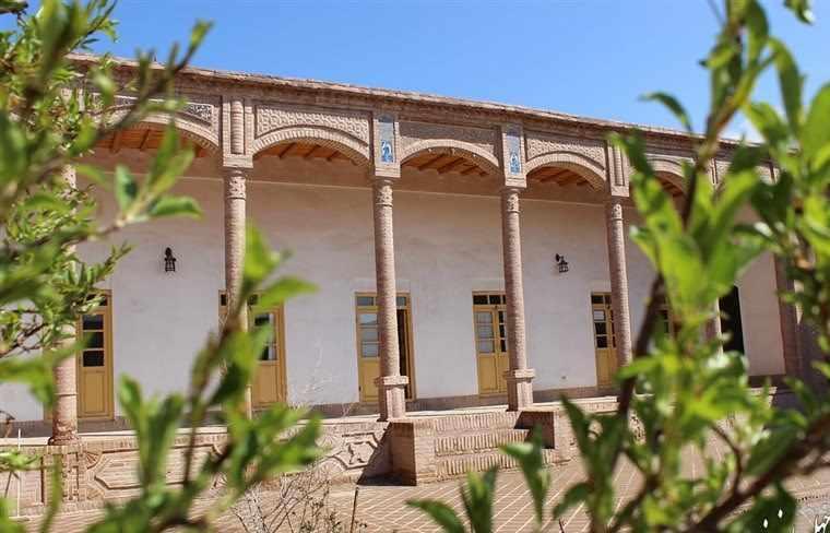 خانه تاریخی قرائی