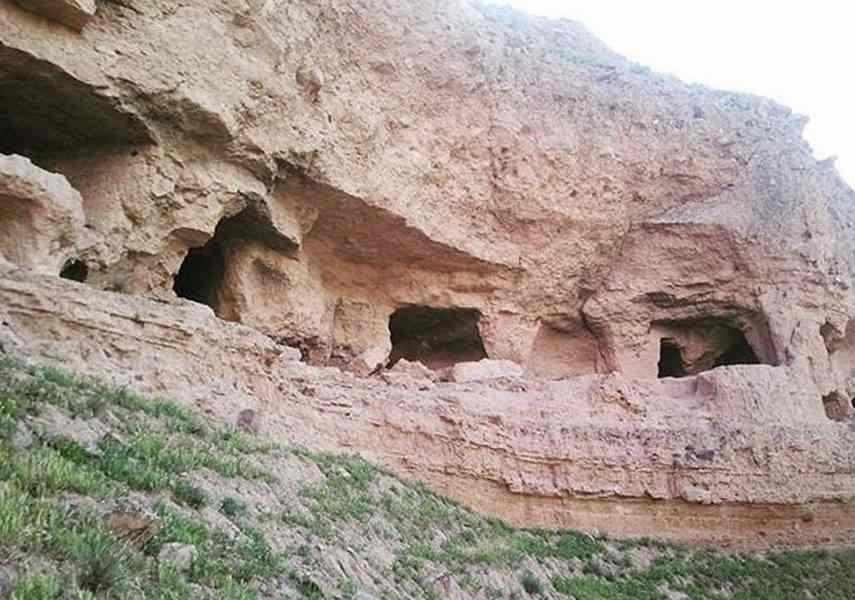روستای سررود و قلعه گبری ها
