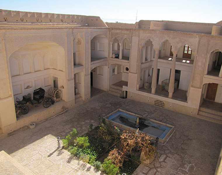 خانه ی صولت(موزه ی مردم شناسی ابرکوه)