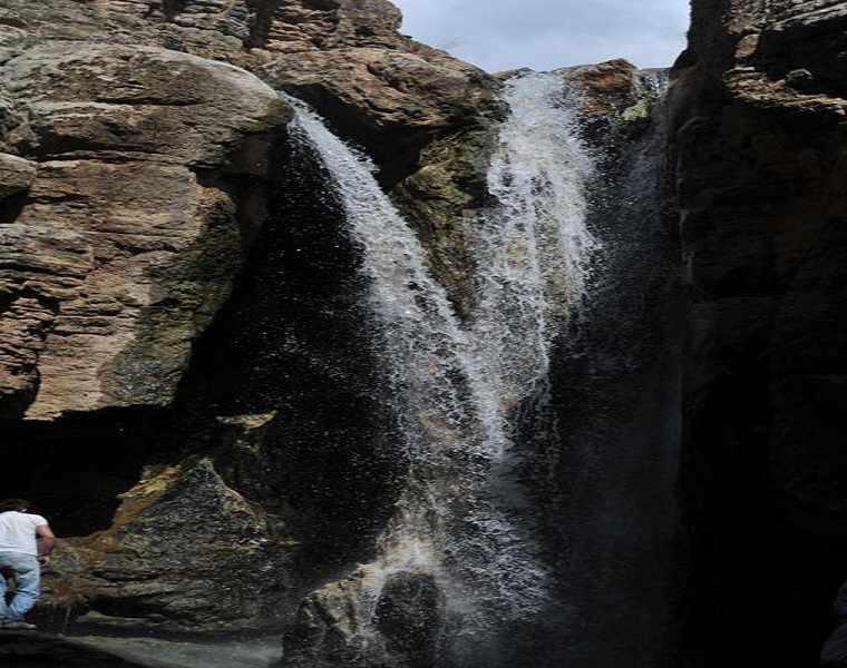 آبشار اسفجیر