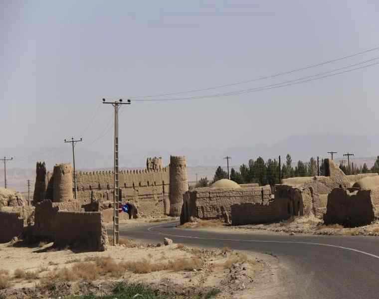 قلعه بیاض کرمان