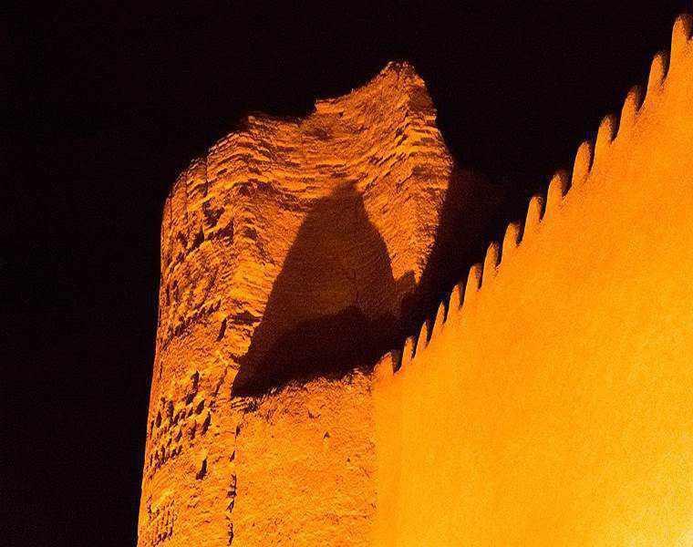 قلعه ی انار