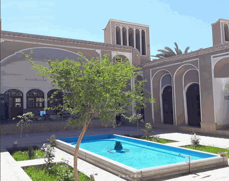 خانه ی آیت الله خاتمی(موزه ی رجال و مفاخر)