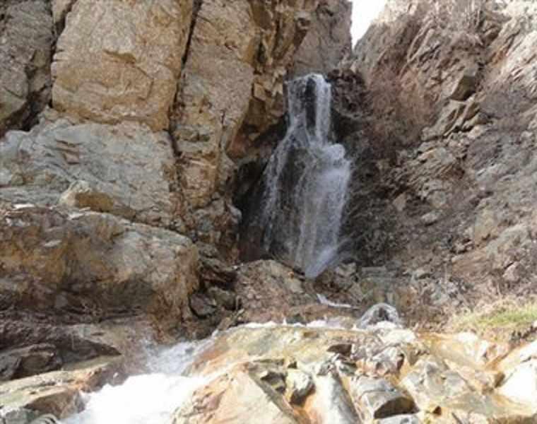 آبشار دیدنی چهرن رابر کرمان