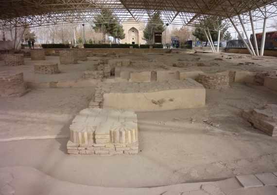 بقایای مسجد تابران توس