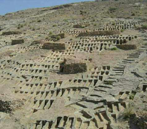 گورستان صخره ای سیراف، شگفت انگیز ترین گورستان و گورستان تمدن ها