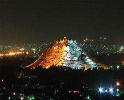 کوه تاریخی آتشگاه، معبد موبدان زرتشتی