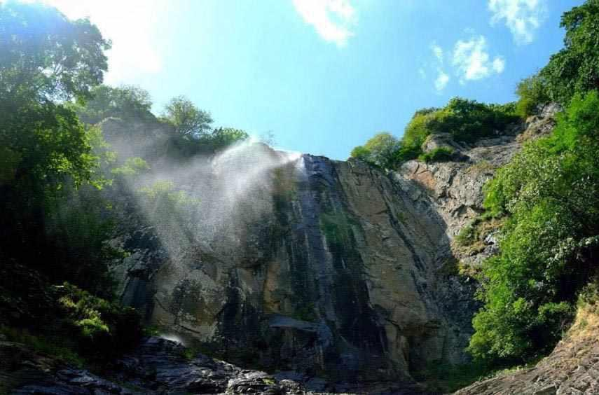 آبشار لاتون - بلند ترین آبشار ایران