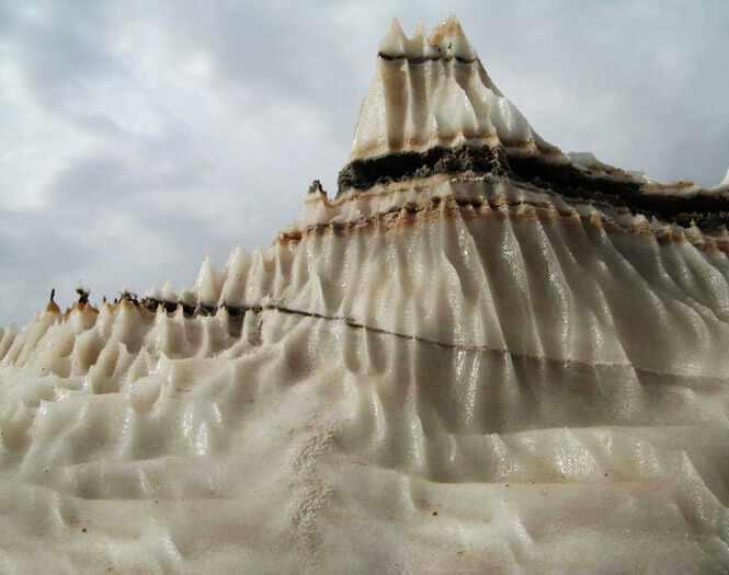گنبد نمکی جاشک، کوهی از شگفتی