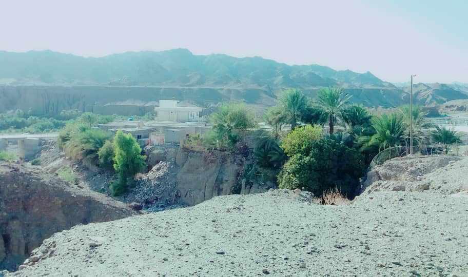 روستای تخت ملک نیک شهر