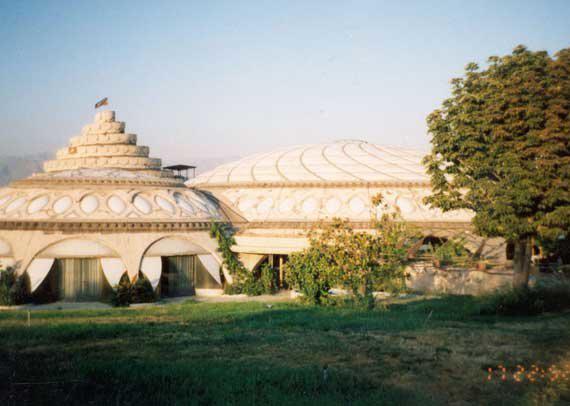 کاخ مروارید، معماری منحصربفردی به شکل صدف