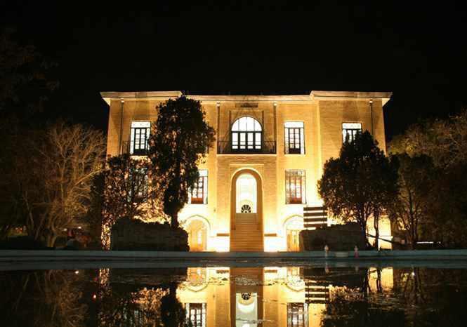 عمارت دارایی زنجان، موزه صنایع دستی