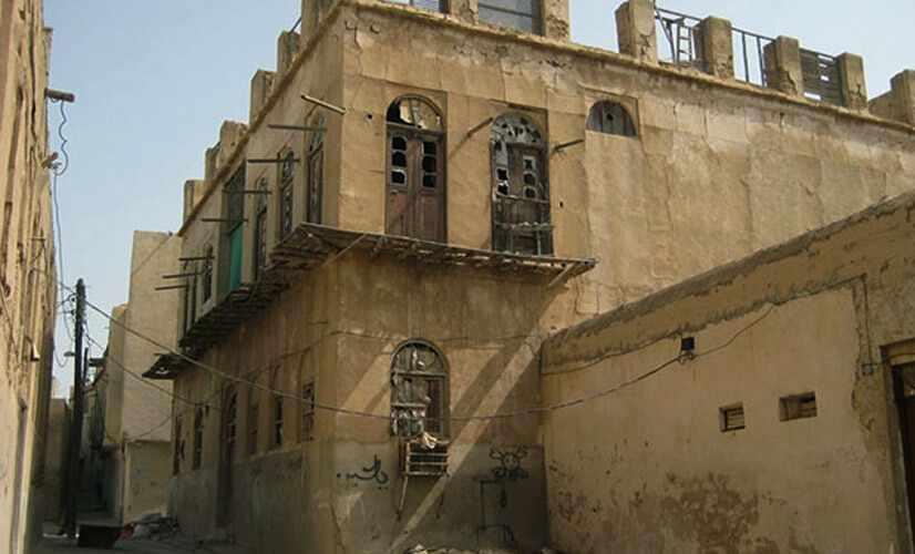 عمارت کوتی در محله قدیمی کوتی