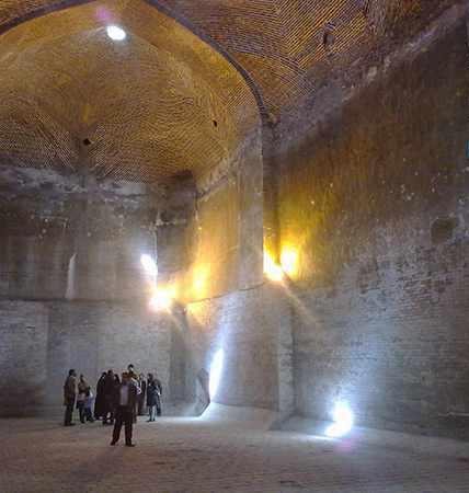 آب انبار مسجد جامع، شاهکار معماری صفویه