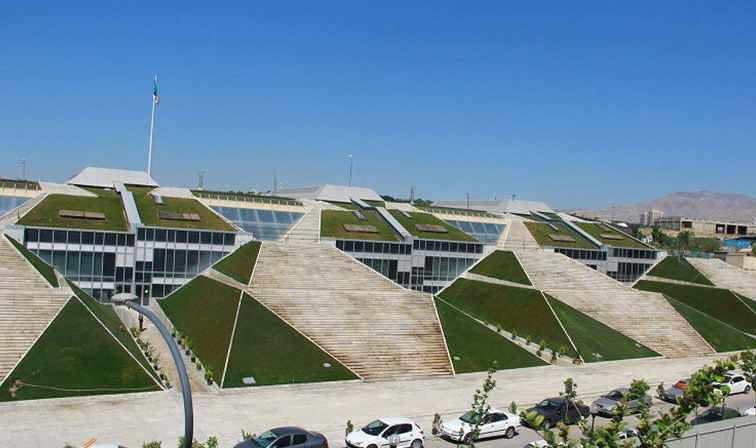 باغ کتاب تهران، بزرگترین کتاب فروشی جهان