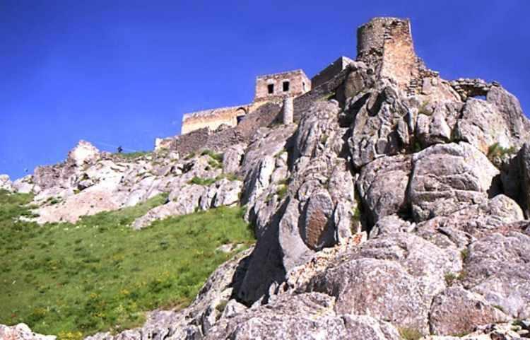 قلعه بابک، قلعه ای افسانه ای در بهشت ارسباران