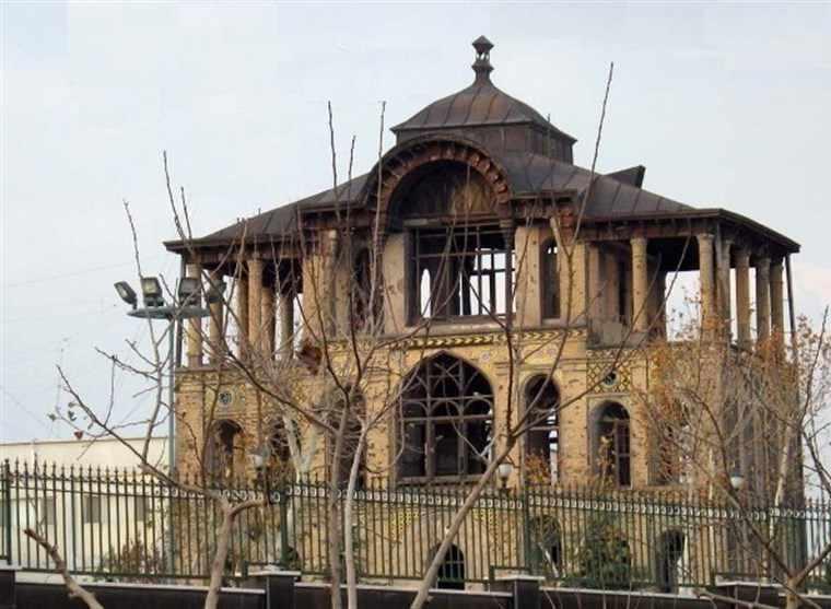 کاخ عشرت آباد، کاخی که سرنوشت خوبی نداشت!!!!