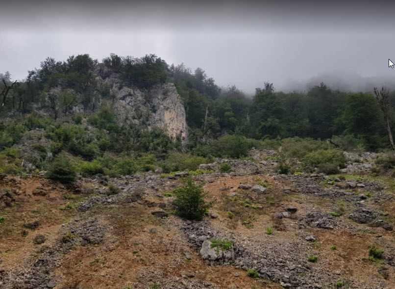 غار آویشوی