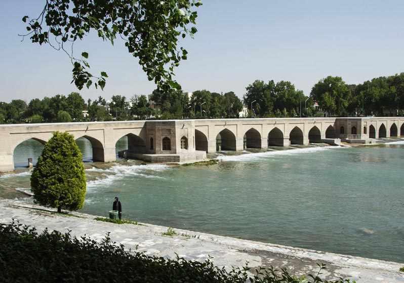 پل چوبی اصفهان، گذرگاهی سلطنتی از عهد صفوی