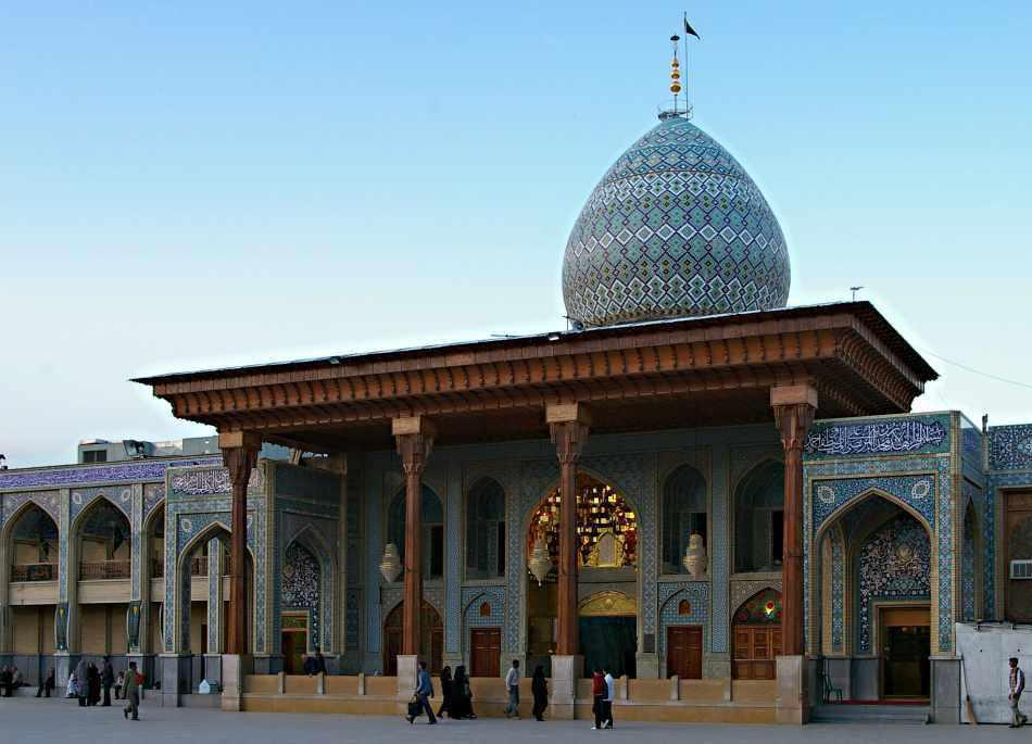 شاهچراغ، نگینی در قلب شیراز