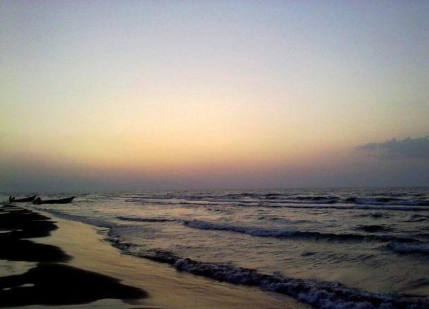 منطقه ساحلی حاجی بکنده، از سواحل زیبای گیلان