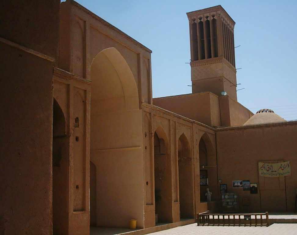 زندان اسکندر یا مدرسه ضیائیه
