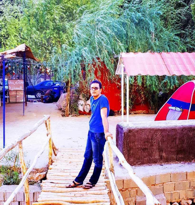 چشمه شش پیر شیراز (سپیدان)