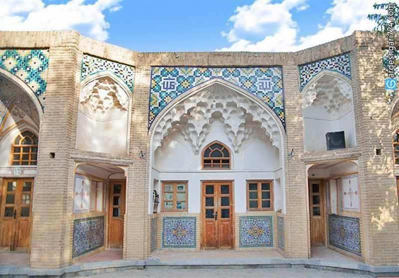 مدرسه جهانگیرخان، نماد تمدن ایران زمین