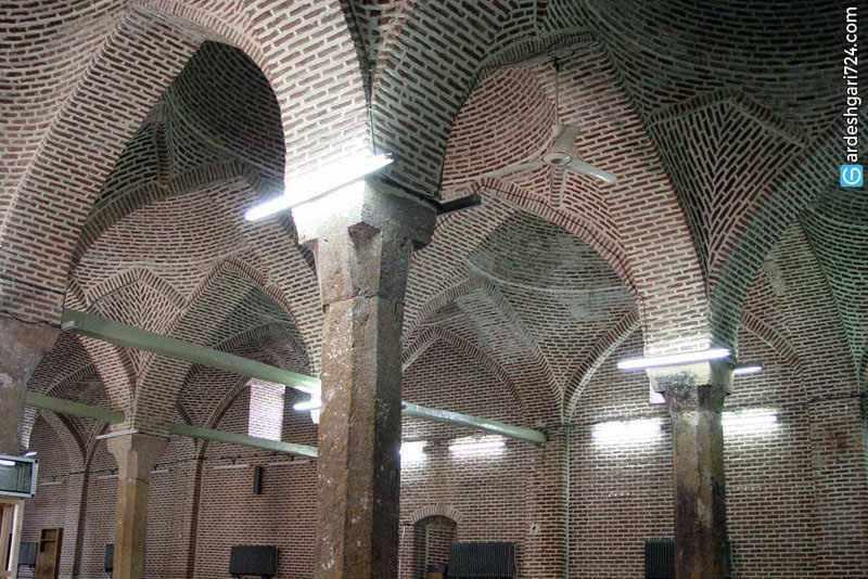 مسجد جامع سرخ مهاباد