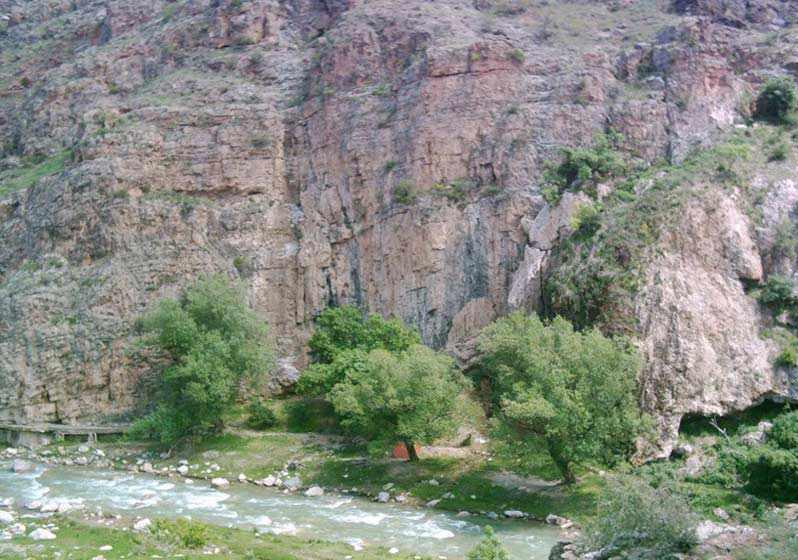 آبشار قلعه جوق