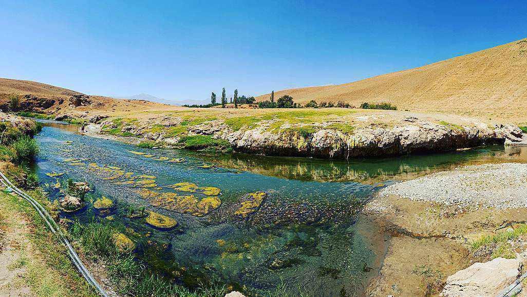 چشمه آبگرم هفت آباد