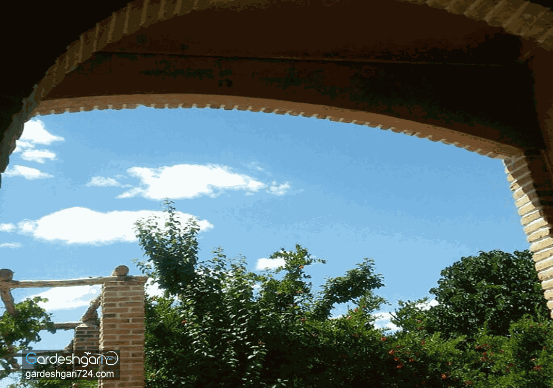 اقامتگاه بومگردی انارستون