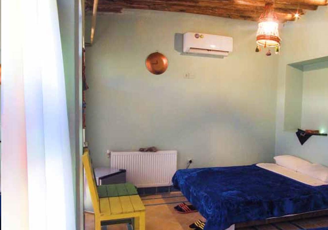 اقامتگاه بوم گردی عمارت هفت رنگ شیراز
