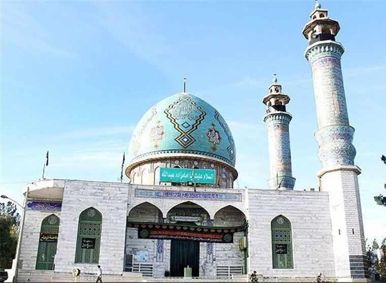 پل امامزاده عبدالله، منطقه ییلاقی قلعه چم