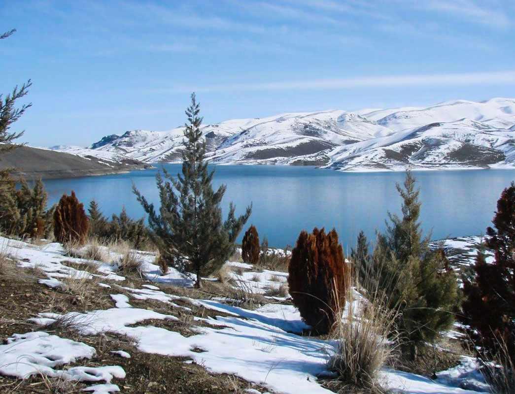 دریاچه سد وحدت