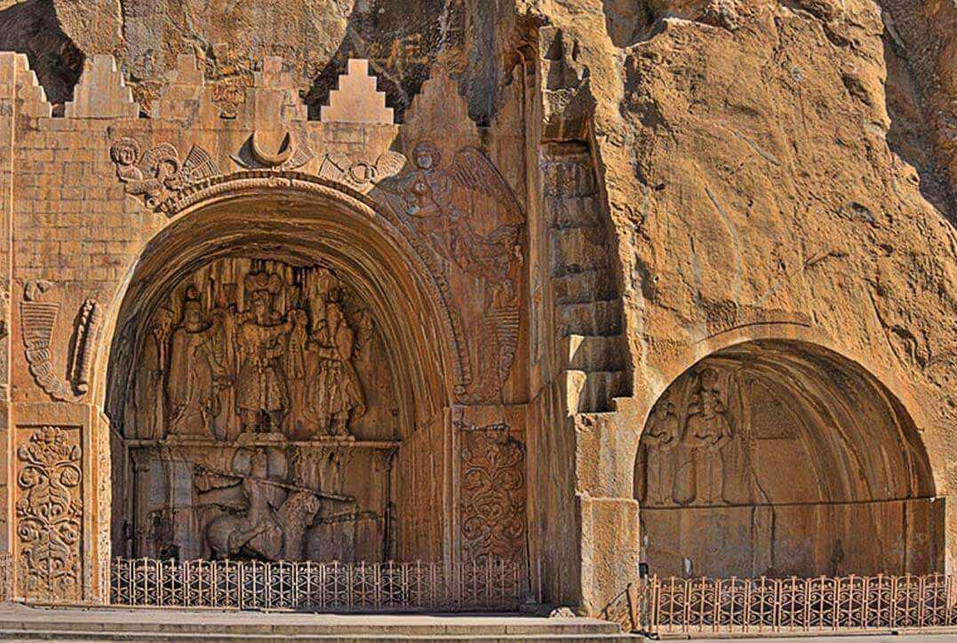 طاق بستان یکی از مشهورترین بناهای تاریخی استان کرمانشاه است. طاق بستان در نه کیلومتری شمال غربی شهر کرمانشاه قرار دارد.