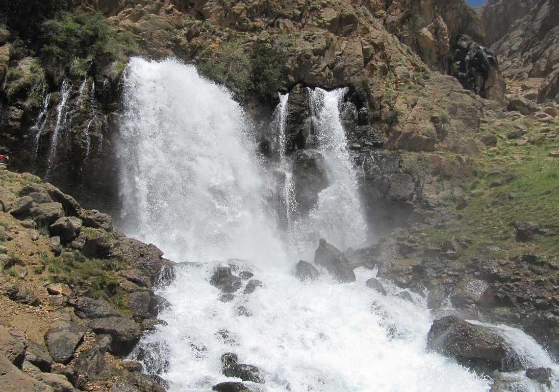 آبشار چکان