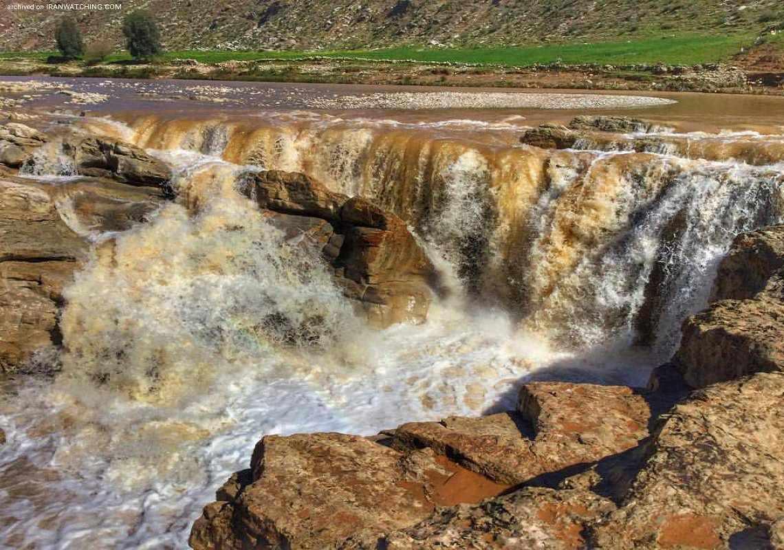آبشار ماهوته آبدانان