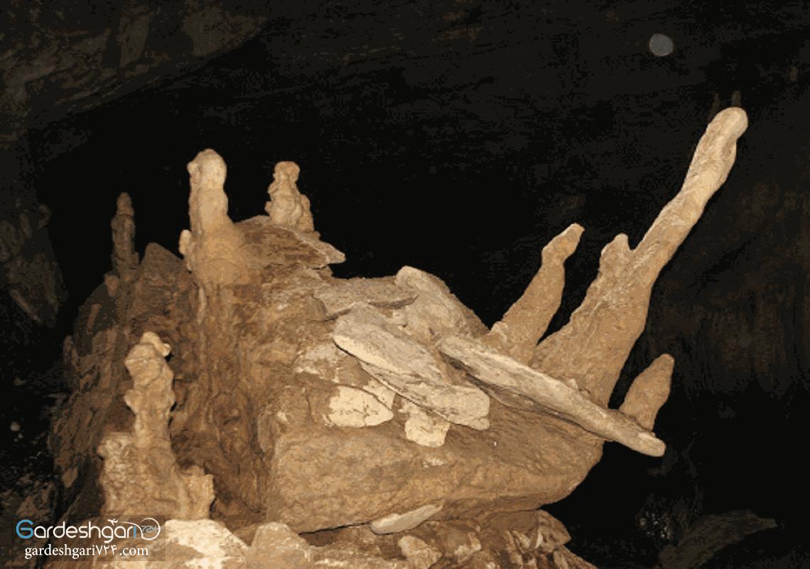 غار سراب