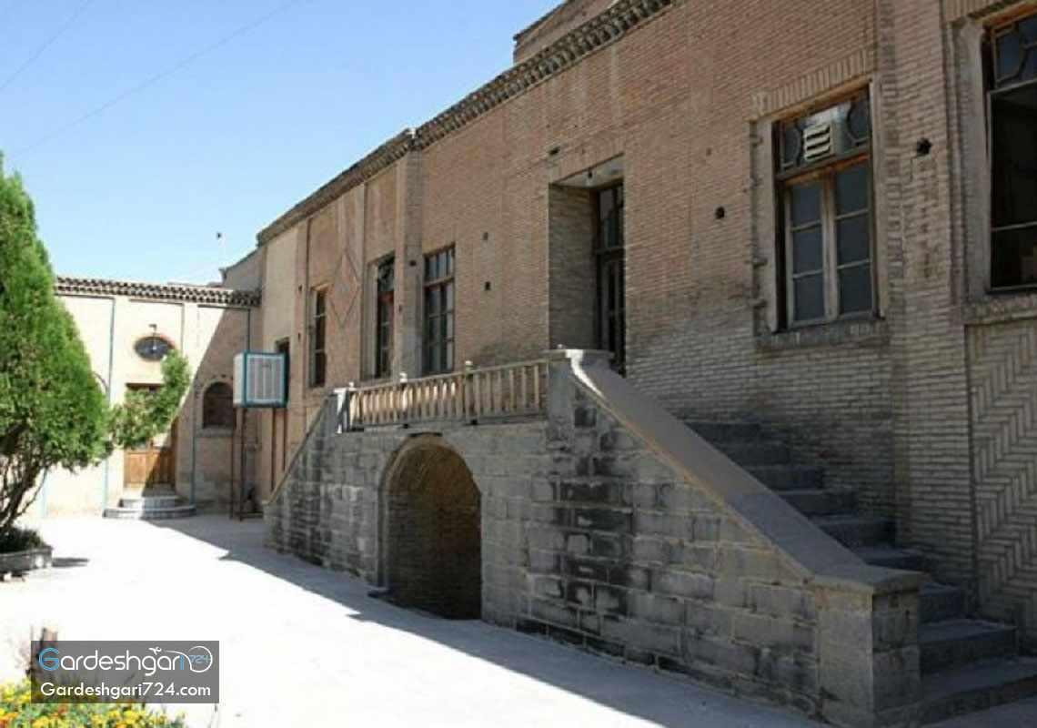 قلعه حاج وکیل