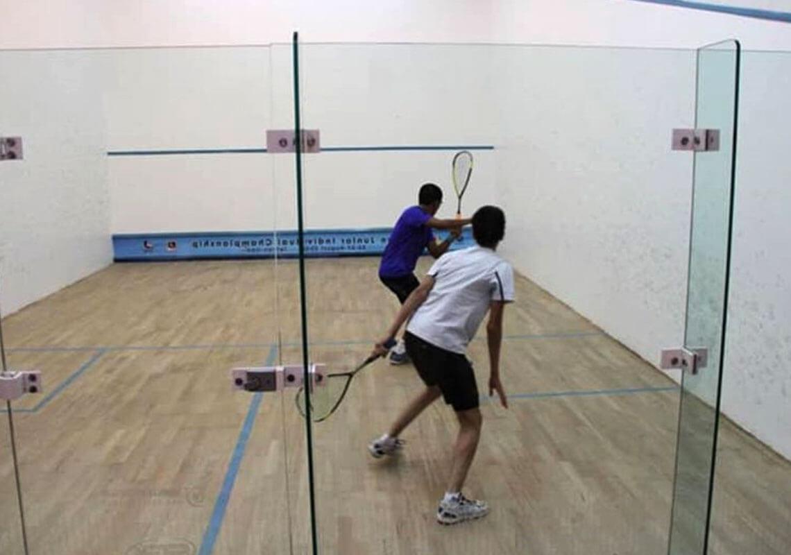 باشگاه انقلاب تهران
