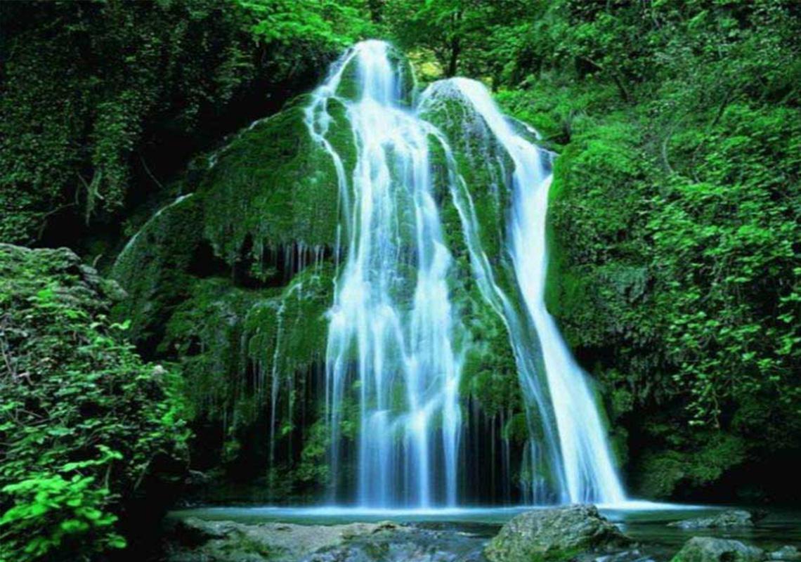تصاور زیبا از آبشار باران کوه