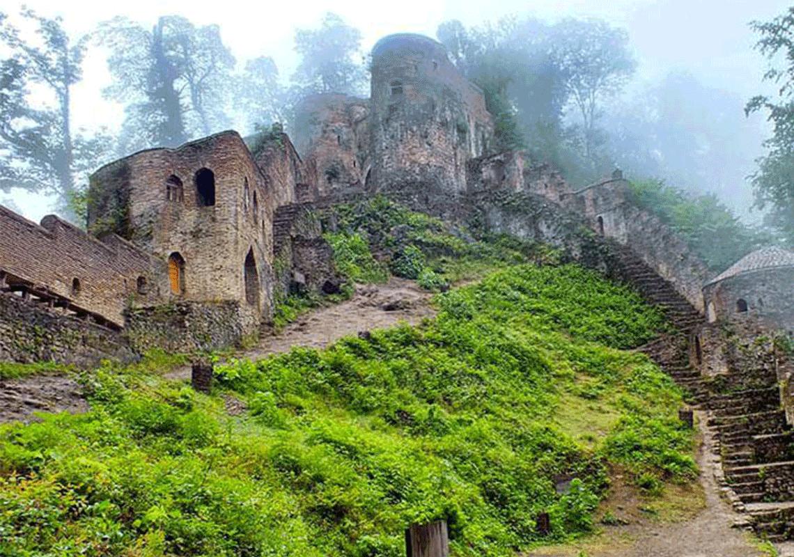 قلعه رودخان فومن