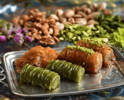 سوغات تبریز | کامل ترین لیست| از صنایع دستی تا انواع شیرینی
