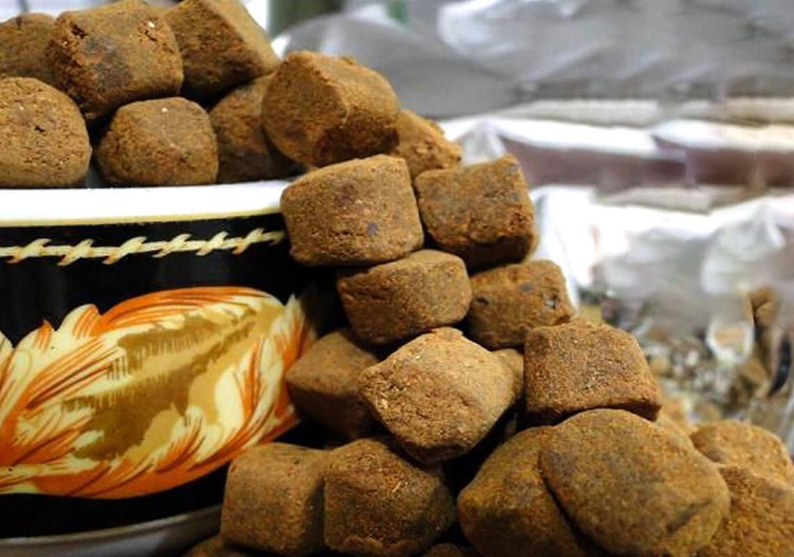 سوغات اهواز - قند خرما