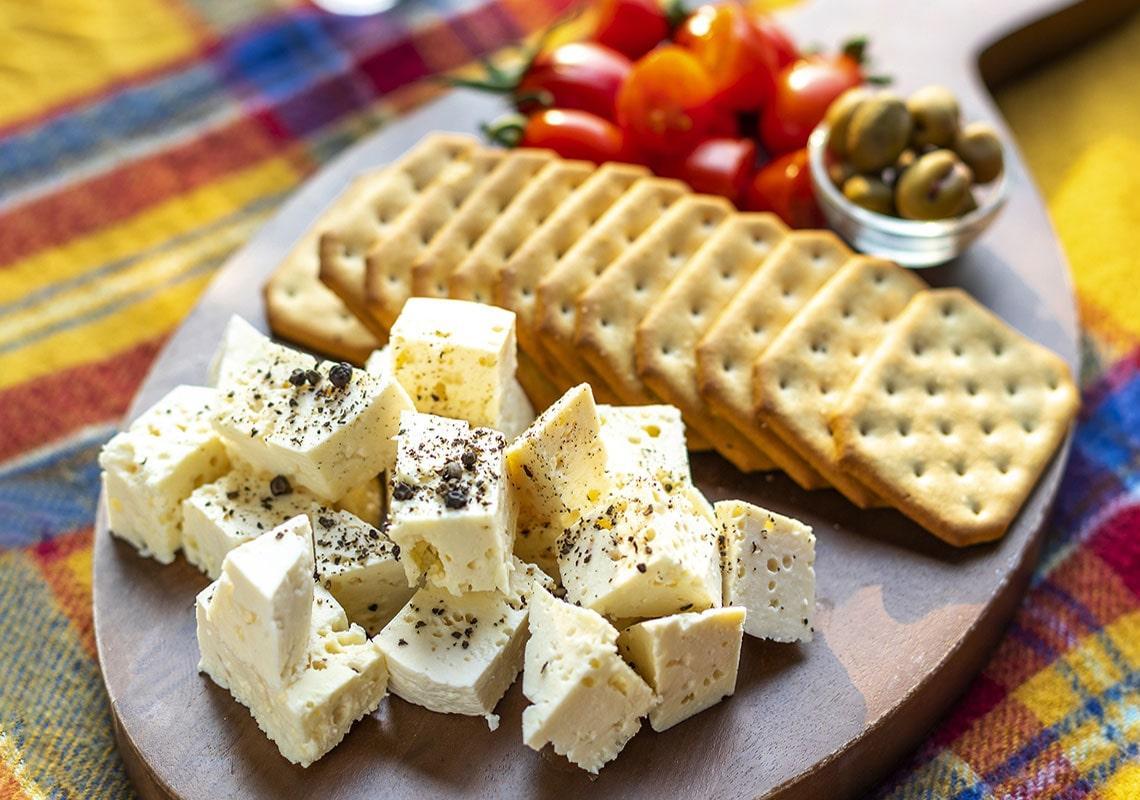 پنیر سیاهمزگی رشت